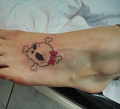 Tattoo-Caveira-e-Laço