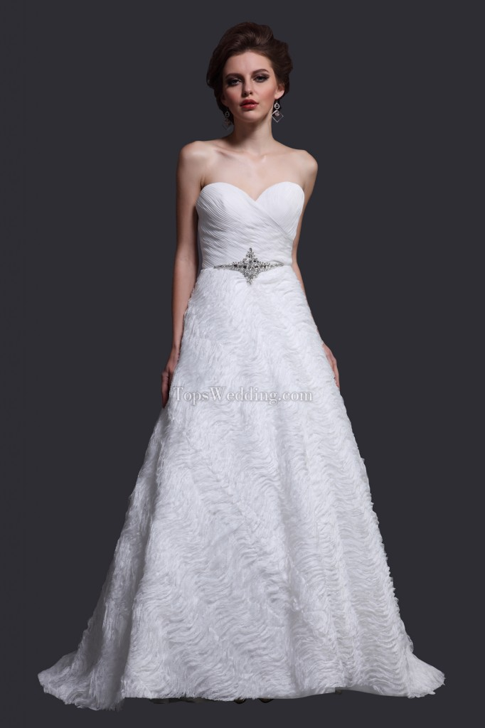 Excellent-Sweetheart-Velvet-White-Designer-Wedding-Dress-2011-YXUW13156