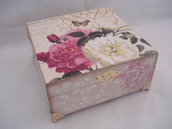 Caixa-de-MDF-decorada-com-decoupage-002