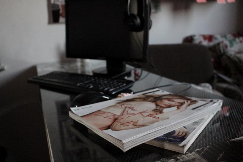 home-office-pequeno-aninha-carvalho-blog