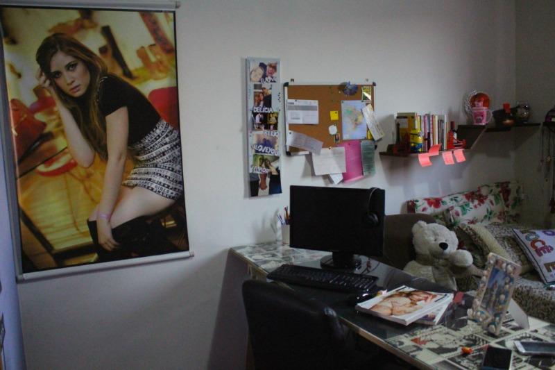 home-office-pequeno-bancada-de-cavaletes