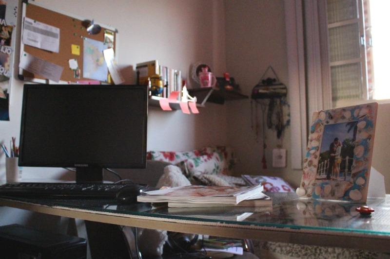 home-office-pequeno-em-casa-aninha-carvalho