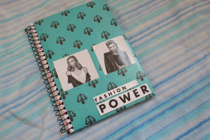 capa preto e branca Como personalizar caderno