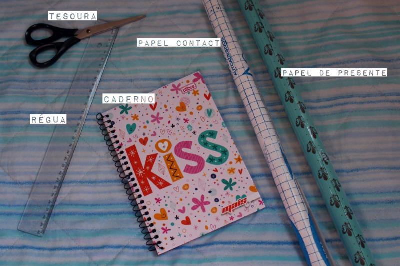 material para fazer customização de caderno volta as aulas Como personalizar caderno