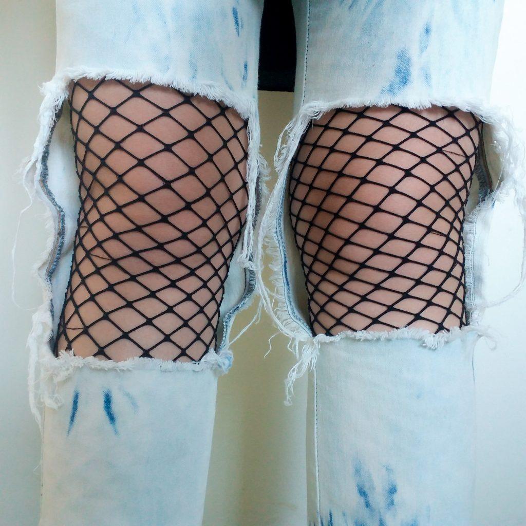 meia arrastão e calça jeans destroyed look-2