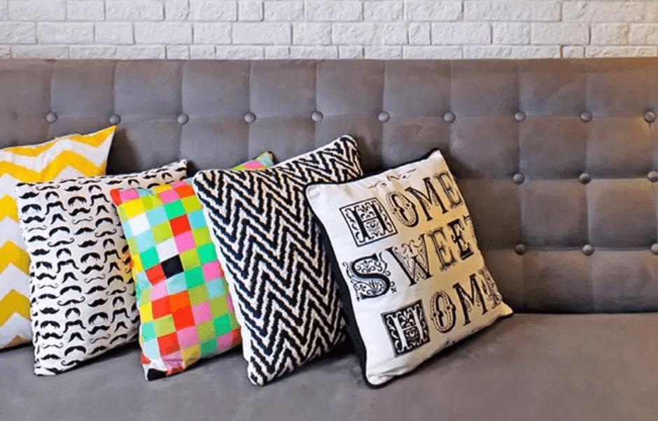 almofadas como combinar cortina de bolinhas