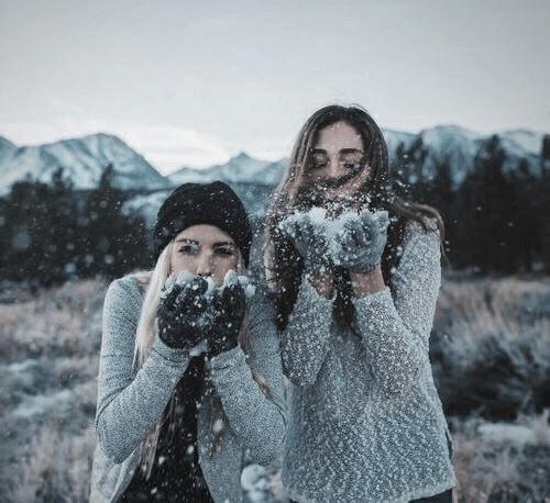 Fotos na neve com os amigos